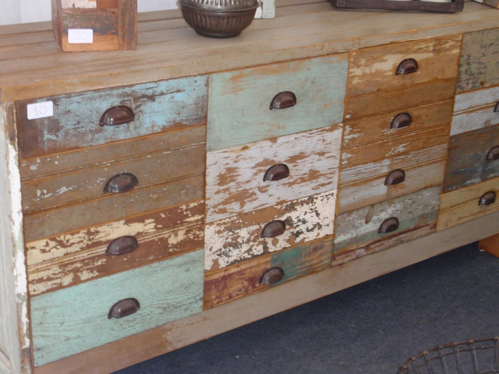 Dise os originales con basura im genes de muebles arte y for Diseno de muebles reciclados