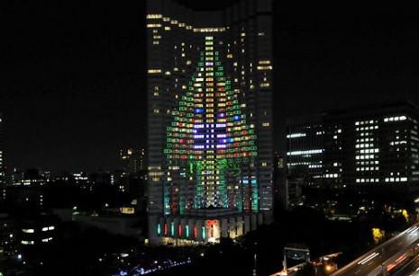 arboliluminado en edif de tokio - copia