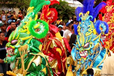 Los-Principales-Carnavales-de-República-Dominicana-01