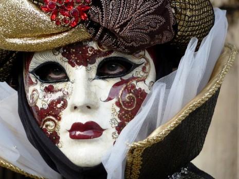 masc blancas del carnav de venecia.jpg1
