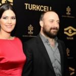 Onur y Sherezade: Imágenes de los protagonistas de novela turca Las mil y una noches