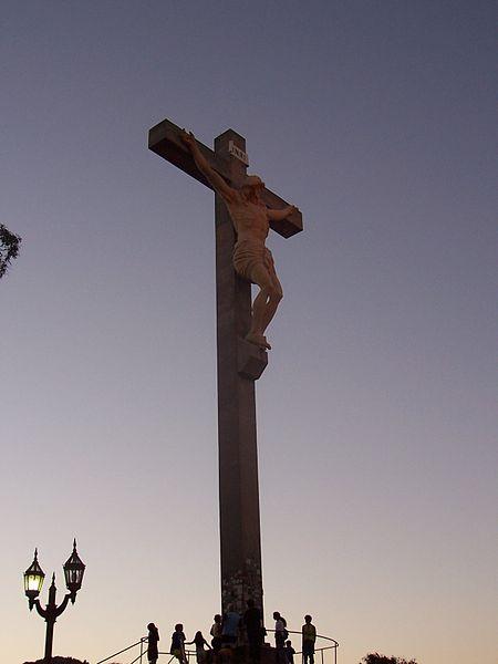 450px-Cristo-Tandil