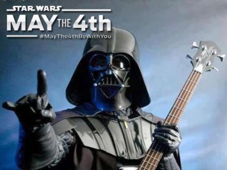 Noticia-101119-dia_de_star_wars-may_the_fourth-4th-guerra_de_las_galaxias-meme-11