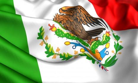 bandera-mexicana-de-mexico-verde-blanco-y-rojo-simbolos-patrios-16-de-septiembre-dia-de-la-independencia