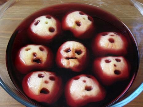 halloween manzanas en forma de rostros