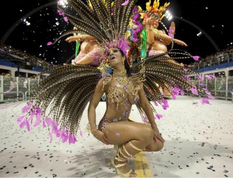 bailarina-principal-de-carnaval