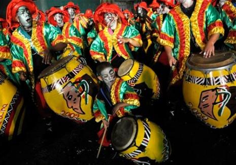 carnaval_de_montevideo_uruguay_9a1d2f2c1021a6b9accc44f5a1