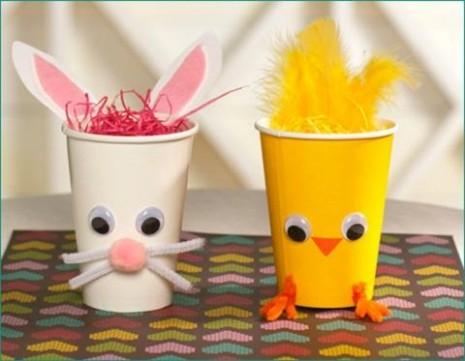 Decorar-vasos-plasticos-para-Pascuas - copia