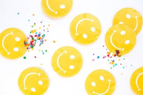Plantilla-para-hacer-dulceros-de-caritas-felices