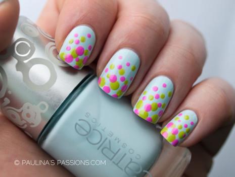 polka-dots-nails-design-8